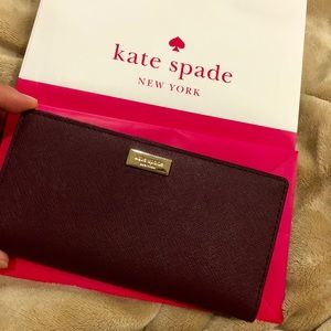 Brand new in bag Kate Spade Wallet